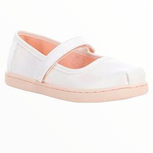 TOMS White Mary Jane Velcro Sneaker Size 9 Girls